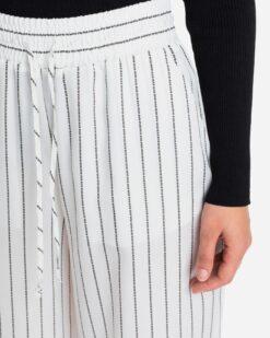 ICE PLAY Pantalone rigato con logo all-over